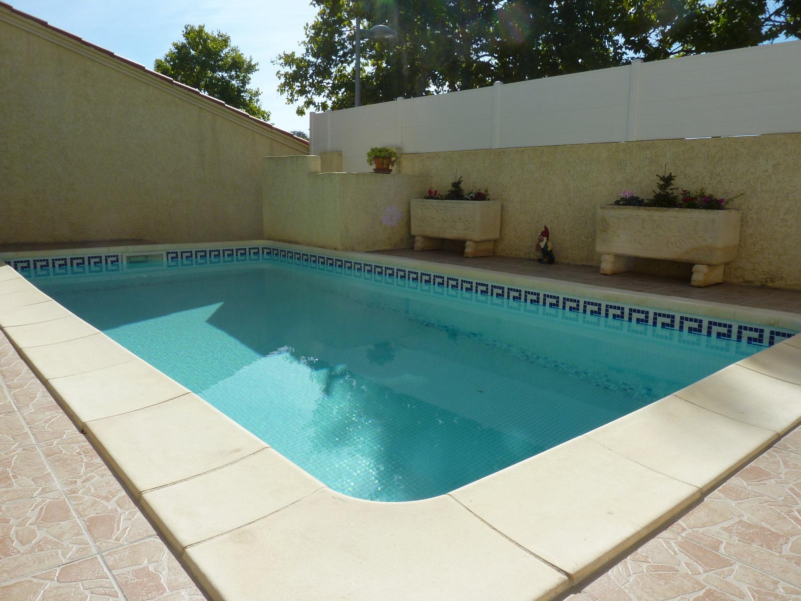 Vente maison de ville avec piscine for Piscine 3 villes